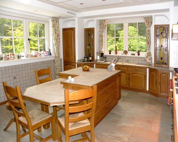 Kleine Keuken Met Tafel : , luxe keuken met kleine tegels in het ...