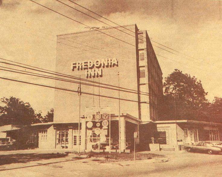 Hotel Fredonia Restaurant