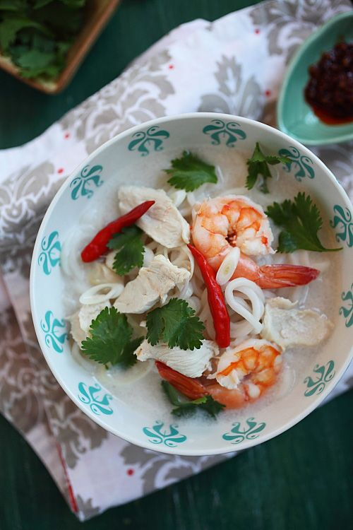 Coconut Lime Noodle Soup. Spicy, hearty and so tasty. #noodles #asian ...