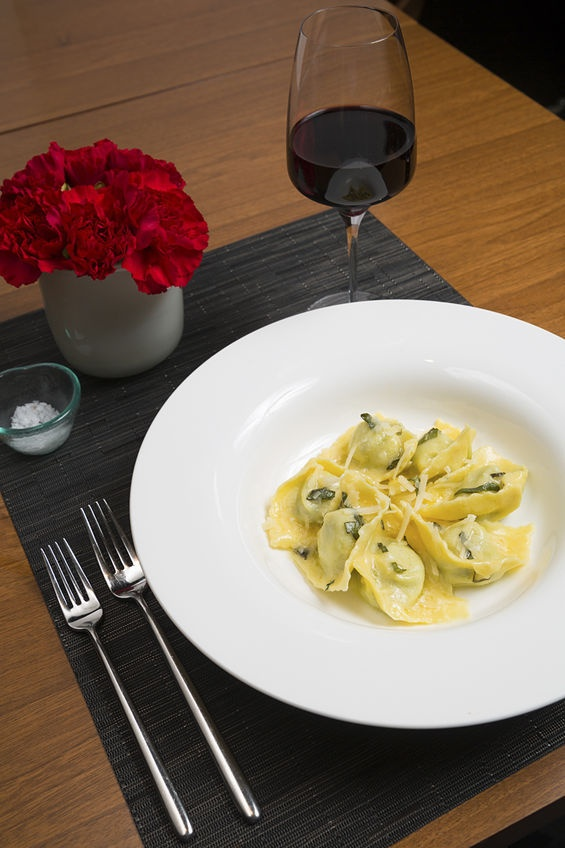 Tortelli di ricotta: Ricotta cheese and spinach, brown butter and sage ...