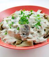 Spinach Ribbon Mushroom Stroganoff | Veggie based entrees | Pinterest