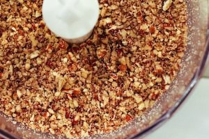 Low-Sugar Raspberry Cheesecake with Pecan Crust | Recipe