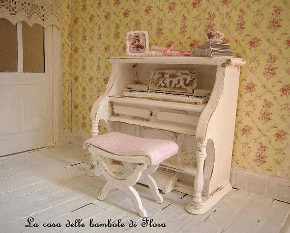 upright piano dollhouse miniature