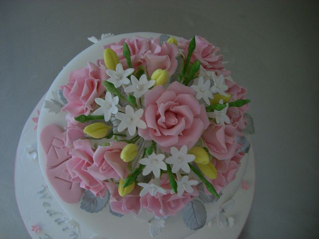 Sugar Flowers Close Up 25th Wedding Anniversary Cake By Rebecca 39 S
