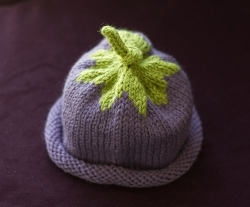 baby berry hats. the link for the actual pattern is about halfway down the page