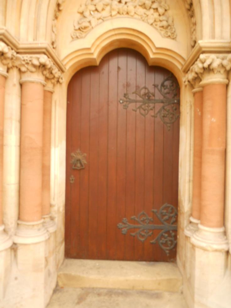 Beautiful wooden door in oxford england entrer ici for Beautiful wooden doors picture collection