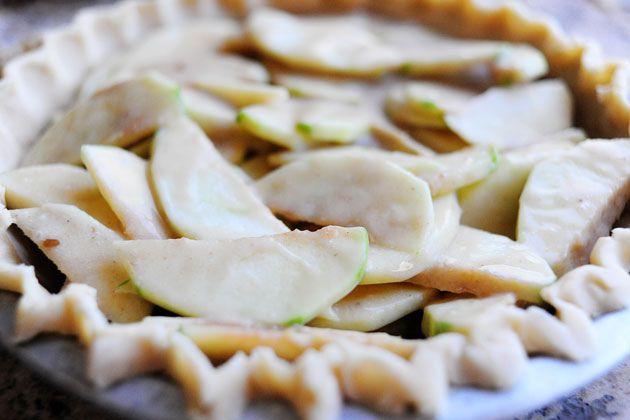 Dreamy Apple Pie - Pioneer Woman
