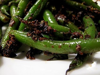 blackened green beans   into thee bĕl′ē   Pinterest