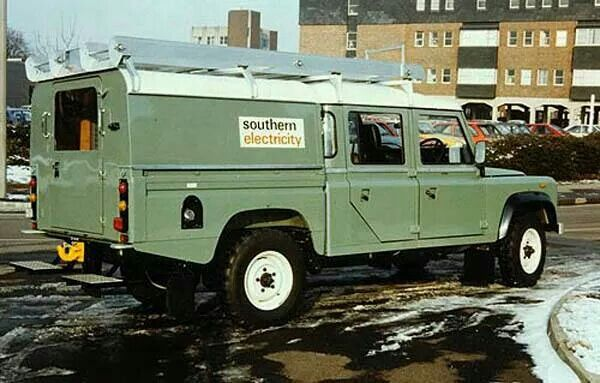 Land rover 127 double cab southern electric special vehicles build
