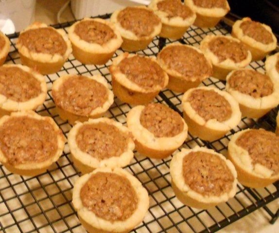 Pecan tassies recipe gluten free | From the oven | Pinterest