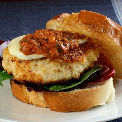 Chicken Parmesan Burgers | I will EAT that | Pinterest