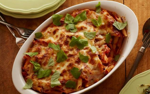 cheesy spinach pasta casserole recipe yummly cheryl s spinach cheesy ...