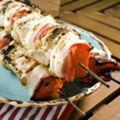 Marinated Greek Chicken Kabobs | { Calories } | Pinterest