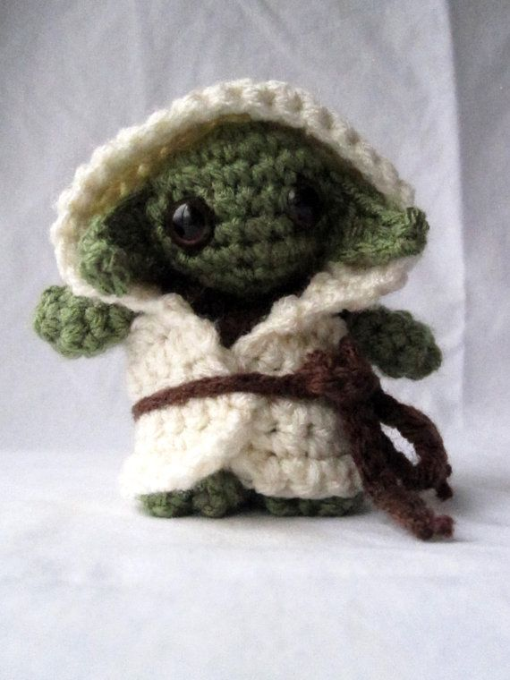Crochet Patterns Yoda : Crocheted Yoda Amigurumi Doll by xxcatalopexx on Etsy, $12.00