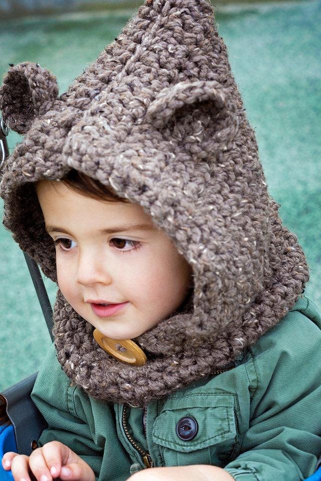 Crochet Baby Bear Cowl Pattern : OMG baby bear! Crochet Bear Cowl. USD30.00, via Etsy. For ...