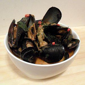 Thai red curry mussels | What I wanna eat/drank | Pinterest