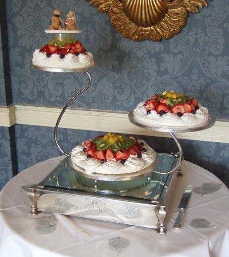 Wedding Pavlova Recipe — Dishmaps