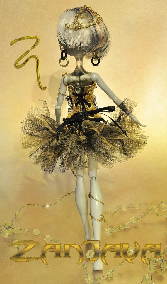 ZanJava tutu & corset fashion for Monster High by ZanJava on Etsy