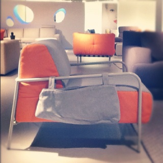 Natuzzi keeps things funky & fresh with their @Italsofa collection. Hip & affordable.