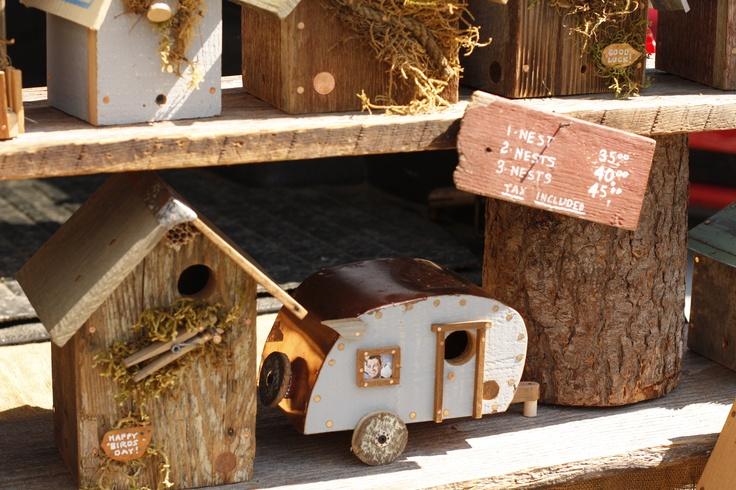 Unique birdhouses for the home pinterest for Creative birdhouses