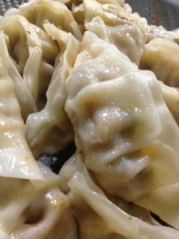 Pan fried spicy pork dumplings | All dee rave foods | Pinterest