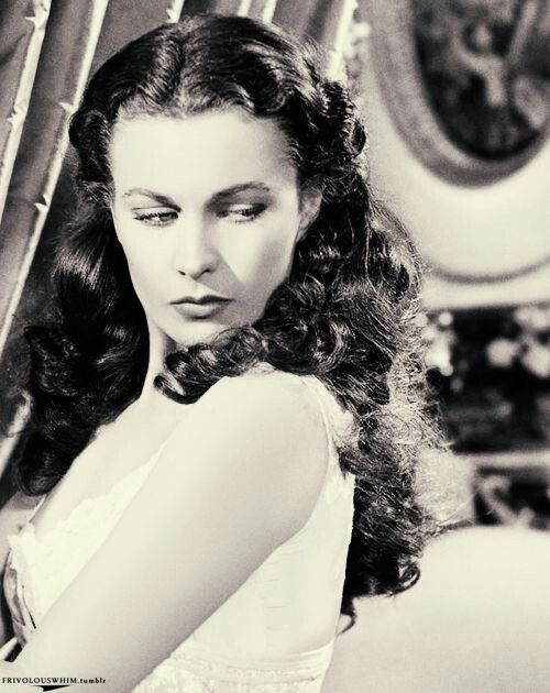 Scarlet o 39 hara vivien leigh scarlett o 39 hara pinterest for Who played scarlett o hara in gone with the wind