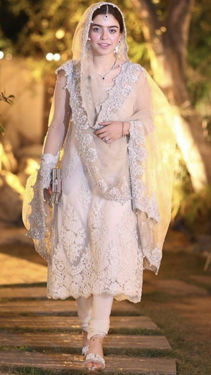Latest wedding guest fashion 38