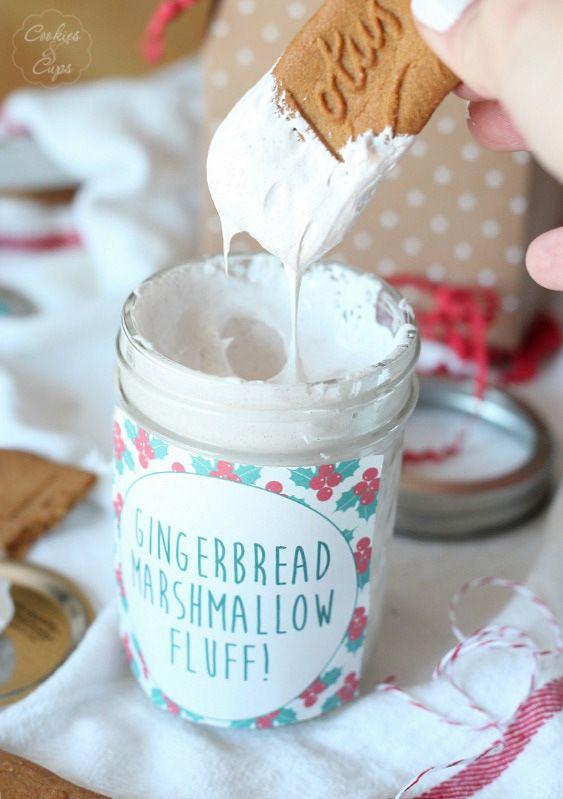 Homemade Gingerbread Marshmallow Fluff | www.cookiesandcups.com