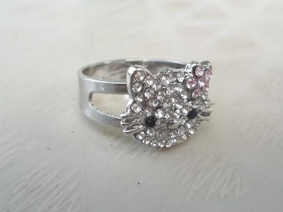 Hello Kitty Sparkly Rhinestone Ring Free Ship $9.00