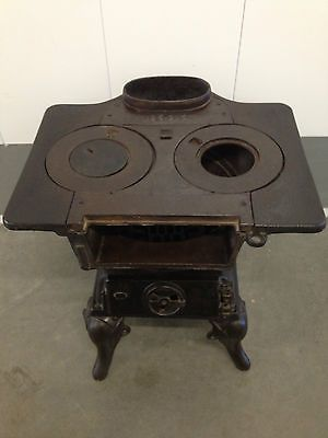 and antique cole stoves | Antique Cast Iron Coal/Wood Stove For Sale