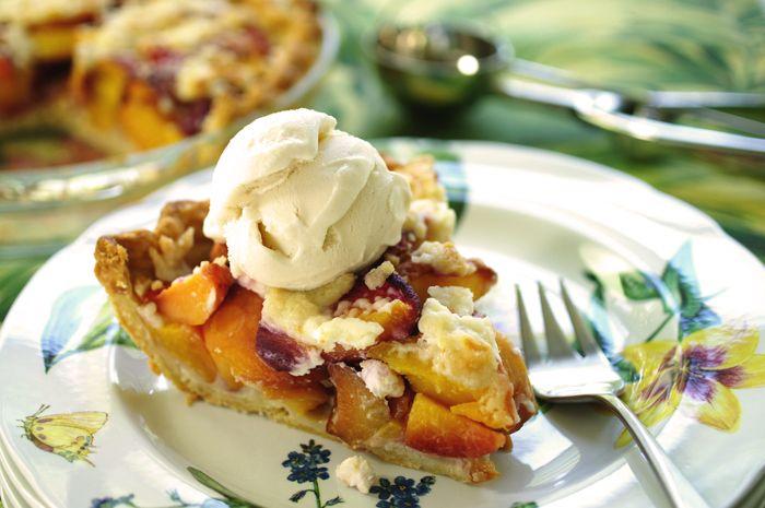 Via Kitchen Collage. Peach and Creme Fraiche pie. Nom Nom Nom