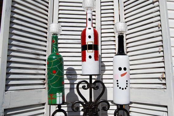 Conjunto de 3 Botella decorativo Vino de la Navidad por KJPCraftDesigns, $ 25.00