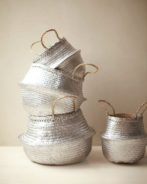 metallic Spray-painted straw baskets.