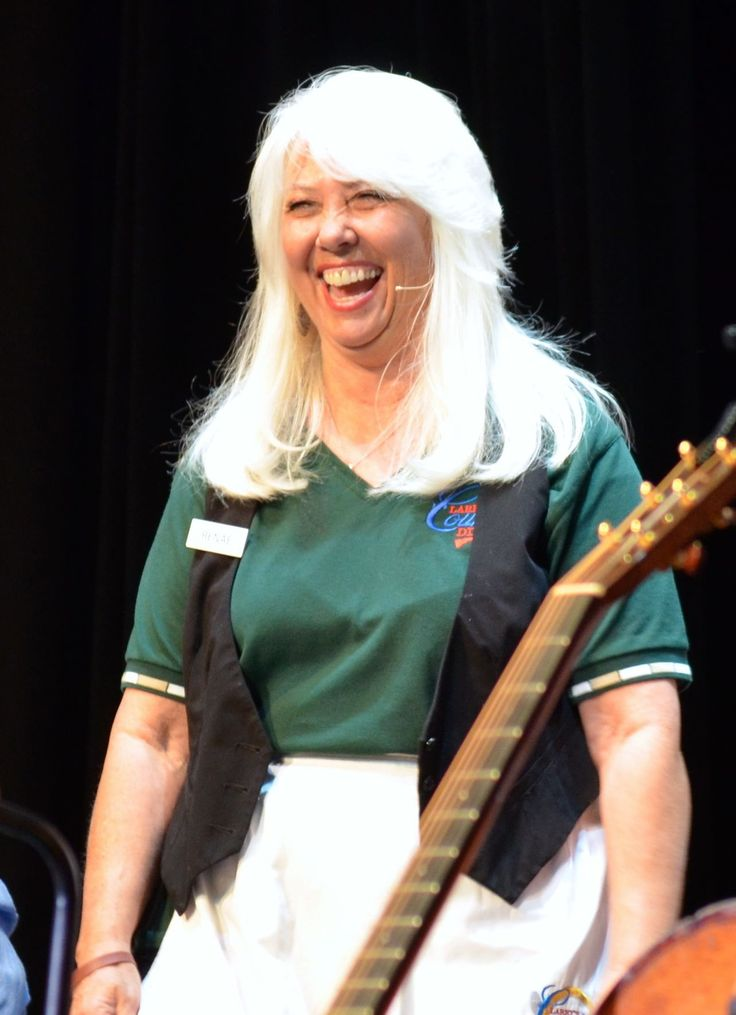Renae laughs it up during Larry's Country Diner 9/10/13 at ...