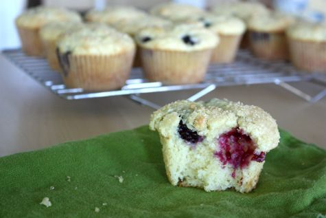lemon ricotta blackberry muffins | breakfast | Pinterest