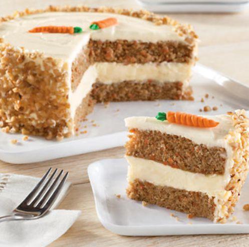 ... Carrot Cheesecake Cake on MyRecipeMagic.com #cake #carrot #cheesecake