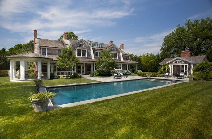 Pin by susan krauss on my style pinboard pinterest for Houses of the hamptons