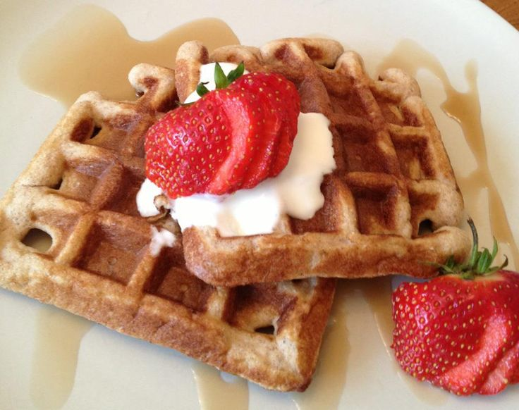 Coconut & Almond Flour Waffles | On the lighter side | Pinterest