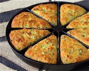 Green Chili Cilantro Cornbread by moderncomfortfood #Cornbread #Chili ...