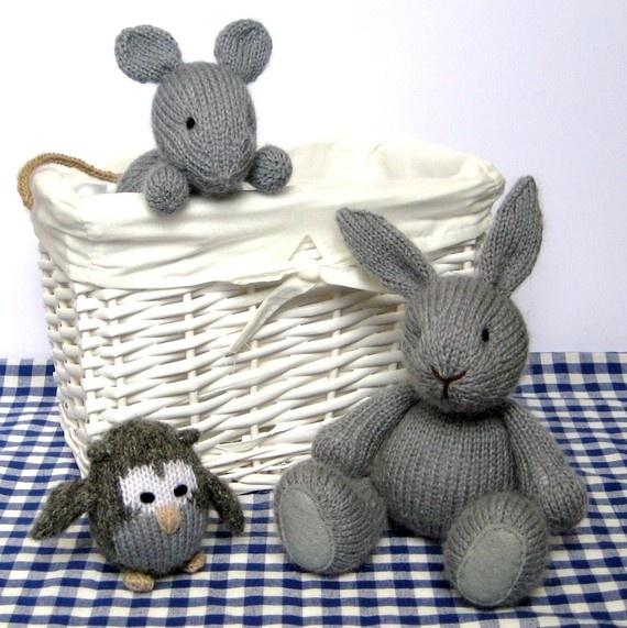 Knitting Pattern Free Mouse : Pin by Juli McMillan Bolden on Knitting Pinterest