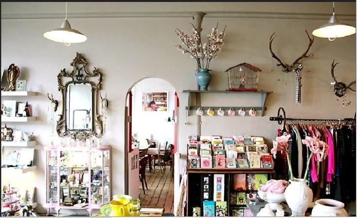 Boutique decor decor photoshoot ideas pinterest for Boutique decoration