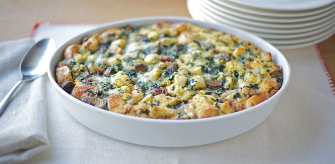 Simple Spinach and Sausage Strata | Breakfast | Pinterest