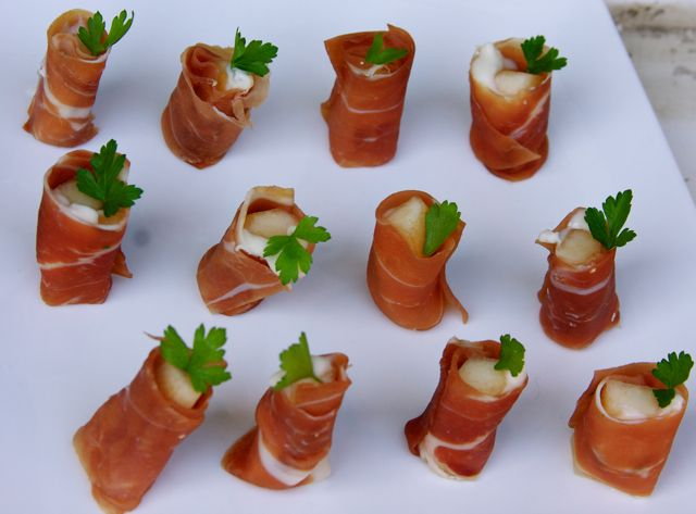 ... in Italy and Beyond: Prosciutto Crudo Roll with Gorgonzola and Pear