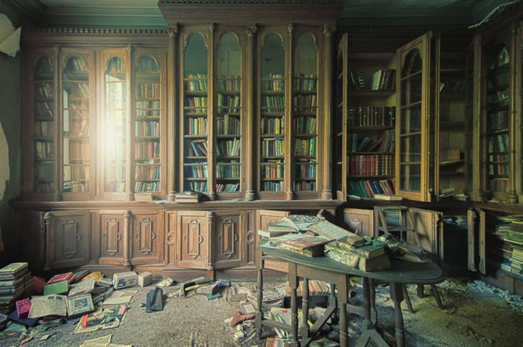 Library in abandoned house - Boing Boing