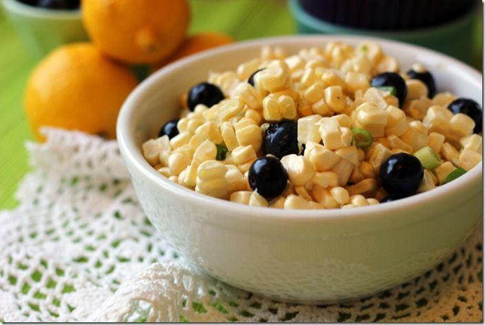 Raw Corn & Blueberry Salad {with Honey Lemon Vinaigrette}
