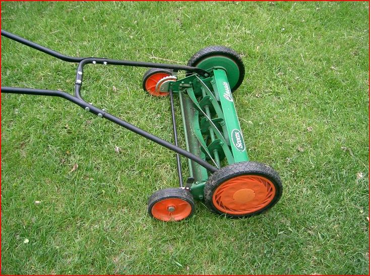 Manual Push Lawn Mower: July 2010