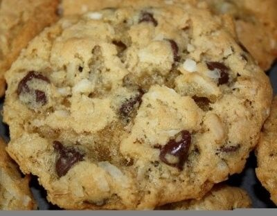 COCONUT OATMEAL CHOCOLATE CHIP COOKIES | Sweets | Pinterest
