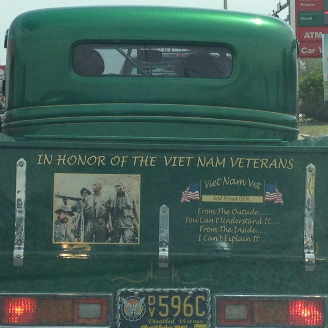 facts about memorial day and veterans day