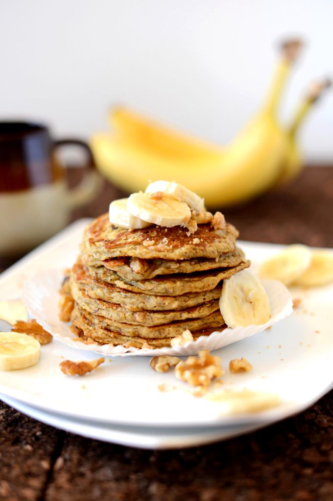 Vegan Banana Nut Muffin Pancakes | minimalistbaker.com Leave out nuts ...