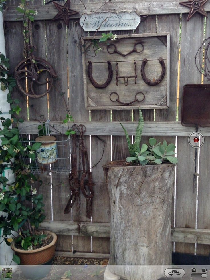 Pin By Karon Carter On Country And Rustic Garden Decor